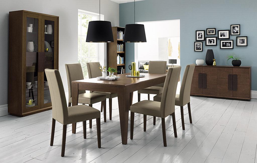 Juego de comedor en madera largo rectangular sillas en for Sillas de comedor tapizadas en gris